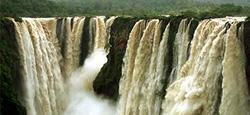Picturesque Karnataka with Hills, Beach, Waterfalls Tour Package